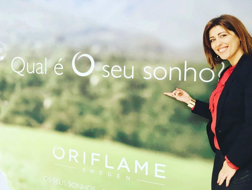 já ajudei mais de 100 pessoas a obterem sucesso com a Oriflame.